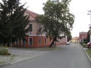 Stará škola - pohled od kostela